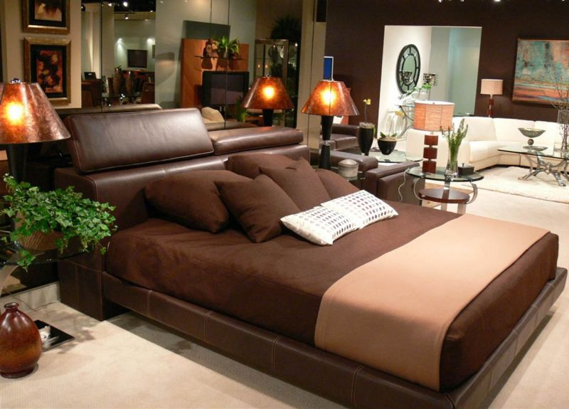 luxury_brown_bedroom_interior_decorating